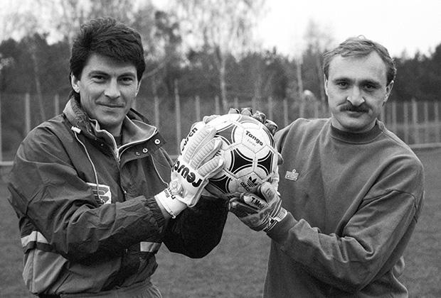 Ринат Дасаев (слева) и Виктор Чанов