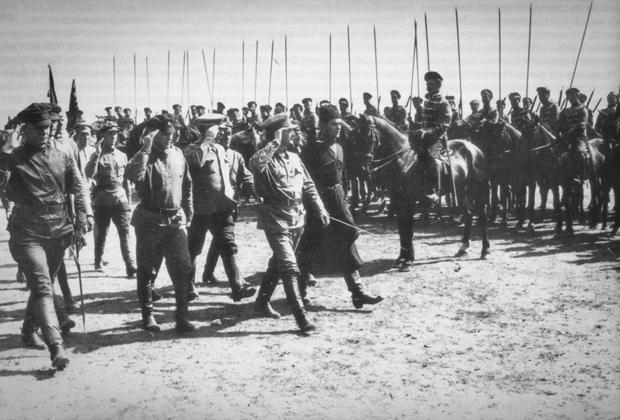Лев Троцкий в Харькове, 1919 год