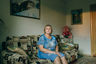 Людмила, 61 год, и Павел, 60 лет.  <br><br> Познакомились на танцах. Людмила работает реквизитором в Доме культуры города Котласа, занимается организацией вечеров отдыха для тех, кому за 50. Отношения начались, когда Людмила стала помогать малоимущему Павлу.   <br><br> Павел жил только на пенсию в приюте для бездомных. Людмила забрала его оттуда, помогла снять квартиру, найти работу. Но отношения у них не сложились, так как Людмила не смогла забыть свою настоящую любовь — мужчину, с которым прожила вместе пять лет и который умер четыре года назад. Именно его женщина считает поздней и единственной любовью своей  жизни. <br><br> Павел сейчас живет в малосемейном общежитии, работает сторожем.