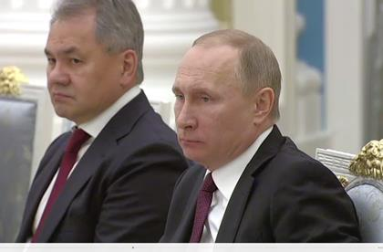 Воевавшие в Сирии моряки пожаловались Путину на натовские корабли