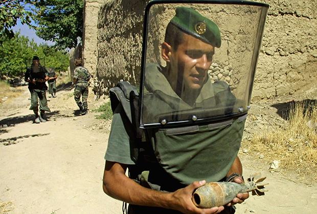 Сапер Иностранного легиона, Афганистан, 2002 год