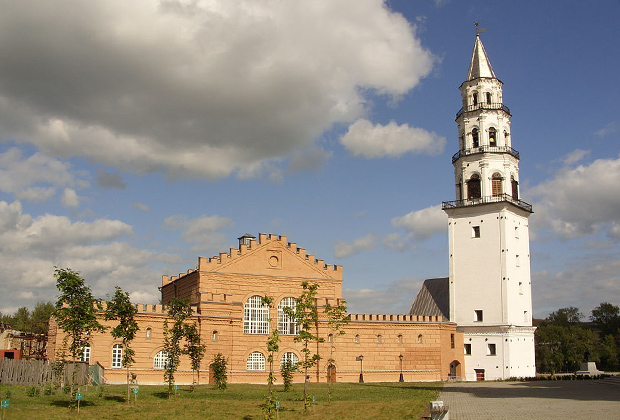 Невьянский завод и «падающая башня» Демидовых.
