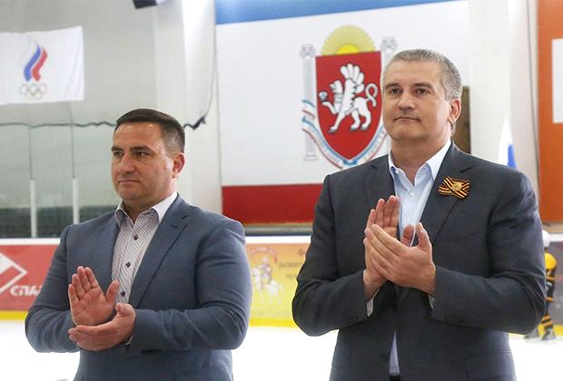 Старые знакомые — мэр Ялты Андрей Ростенко и глава Крыма Сергей Аксенов