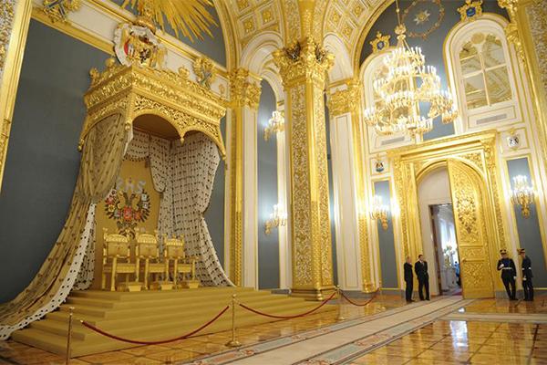 мраморный зал кремль