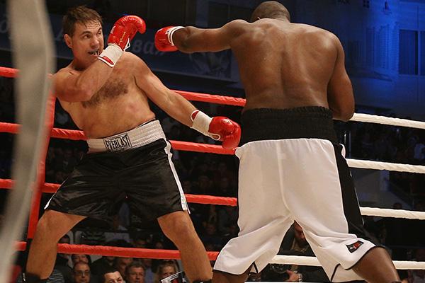 Кличко боксер или борец гомосексуалист