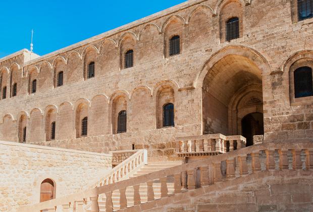 Дейр-уль-Зафаран, или Шафрановый монастырь — самое туристическое место из всех храмовых комплексов Тур-Абдина