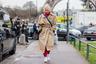 Основательница московского бутика «КМ20» Ольга Карпуть соединила два важнейших сегодняшних тренда — спортивный стиль и oversize.