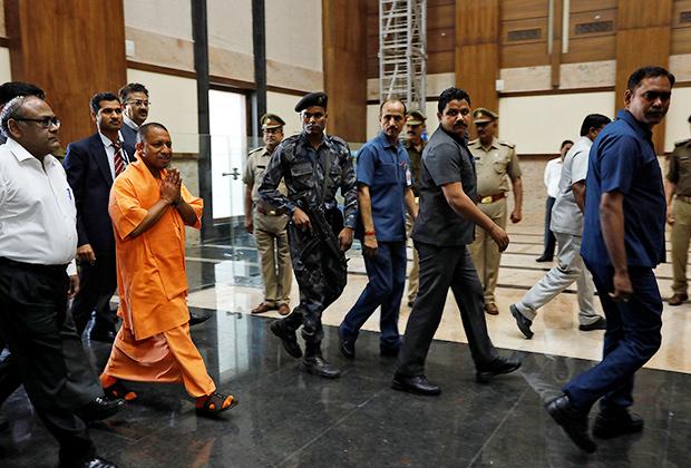 Йоги Адитьянатх — новый главный министр Уттар-Прадеша