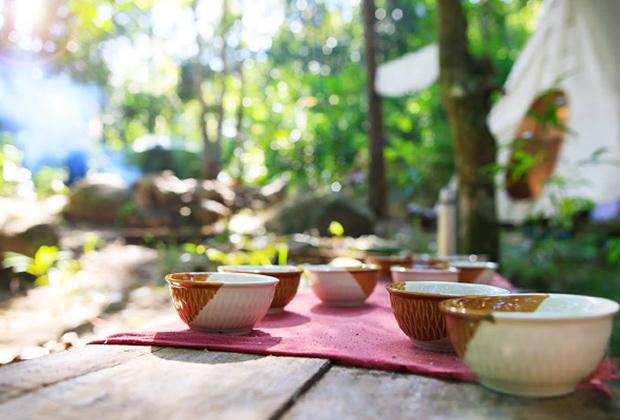 В перерывах гости пили обычный зеленый чай