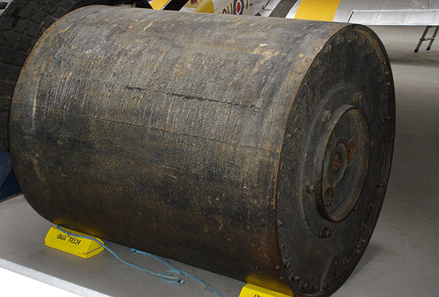 Макет «прыгающей бомбы»