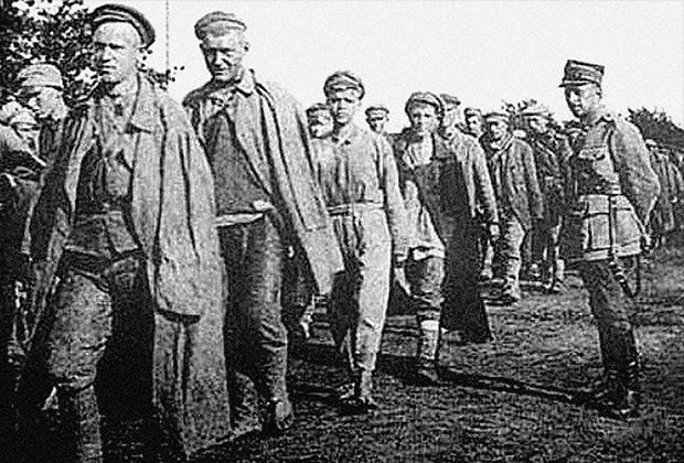 1920 год. Польша. Колонна пленных красноармейцев
