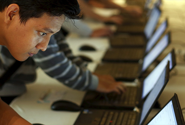 Индонезия — быстрорастущий и перспективный интернет-рынок, но следить за противоправным контентом государству слишком сложно