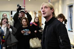 Евгений Плющенко на открытии академии фигурного катания «Ангелы Плющенко»