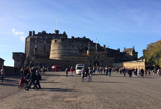 Легендарный Камелот часто помещали на место Эдинбурга