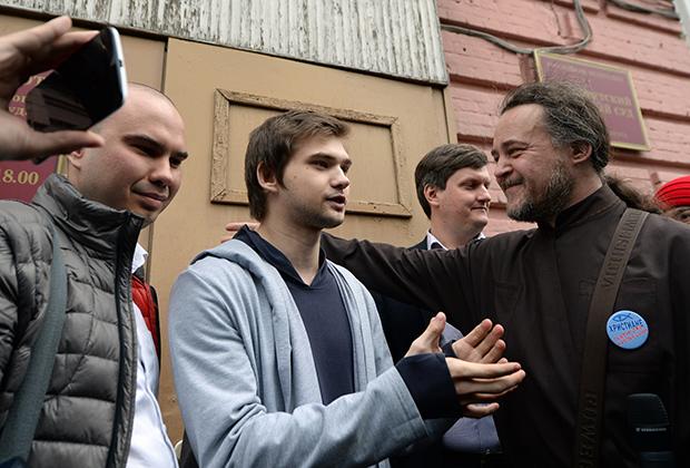 Руслан Соколовский и протодиакон Сергий (Смирнов) — заштатный клирик Нижнетагильской епархии РПЦ