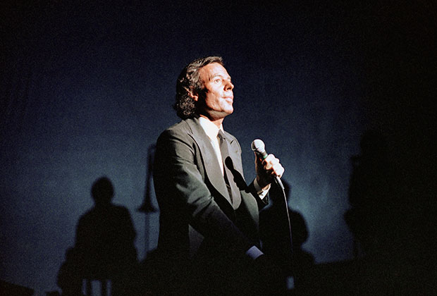 Хулио Иглесиас, 1984 год