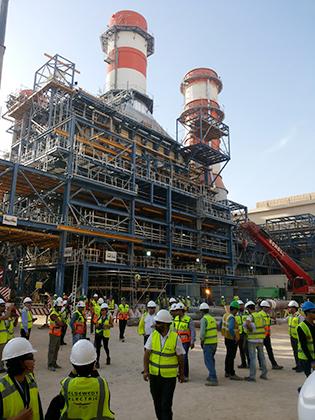 Строительство на электростанции в Бени-Суэйф