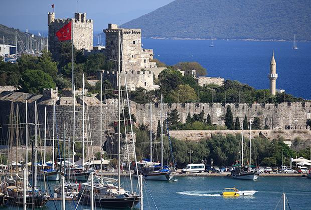 Крепость Святого Петра — некогда оплот госпитальеров, а сейчас музей подводной археологии