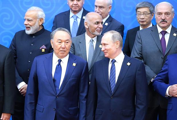 После вступления Индии и Пакистана ШОС стала одной из крупнейших международных организаций по общему населению входящих в нее стран