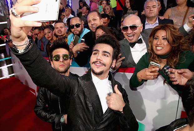 Джанлука Джинобле и Иньяцио Боскетто на церемонии Latin Grammy Awards в Лас-Вегасе в 2015 году