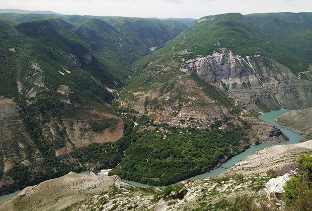 Сулакский каньон — самый глубокий в Европе