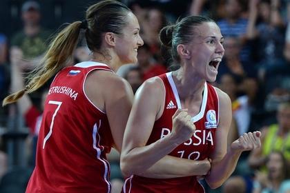 Татьяна Петрушина и Анна Лешковцева (справа)