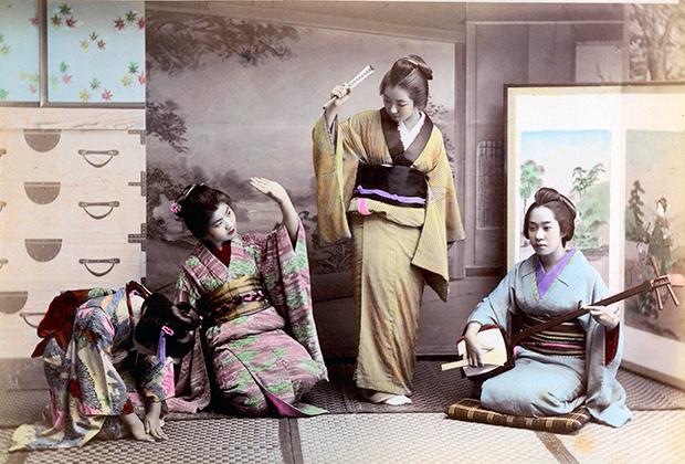 Сегодня гейши есть в Киото, Токио, Канадзаве и некоторых других городах