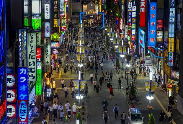 В токийском квартале Кабукичо найдутся заведения на любой вкус и кошелек