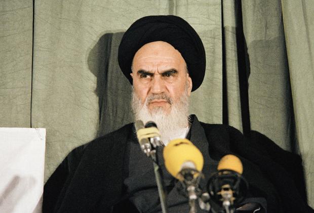 Лидер Исламской революции великий аятолла Рухолла Хомейни. 5 февраля 1979