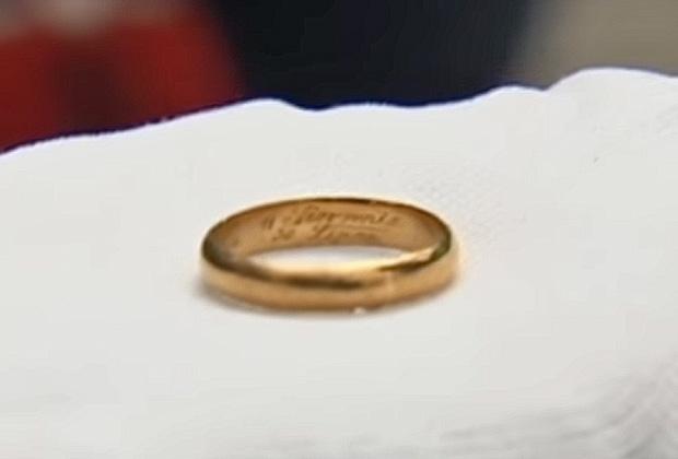 В могиле Сигизмунда нашли кольцо с именем его жены Аполонии
