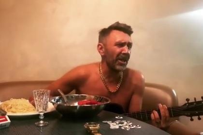 Шнуров представил композицию вчесть разгромной победы «Зенита» над «Спартаком»
