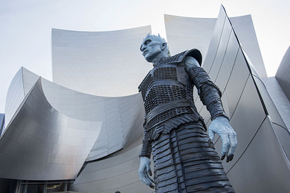 July 12, 2017 - Los Angeles, California, U.S - A white walker attends the premiere of HBO's 'Game Of Thrones' season 7 at Walt Disney Concert Hall on July 12, 2017 in Los Angeles, California. (Credit Image: Global Look Press via ZUMA Press)
