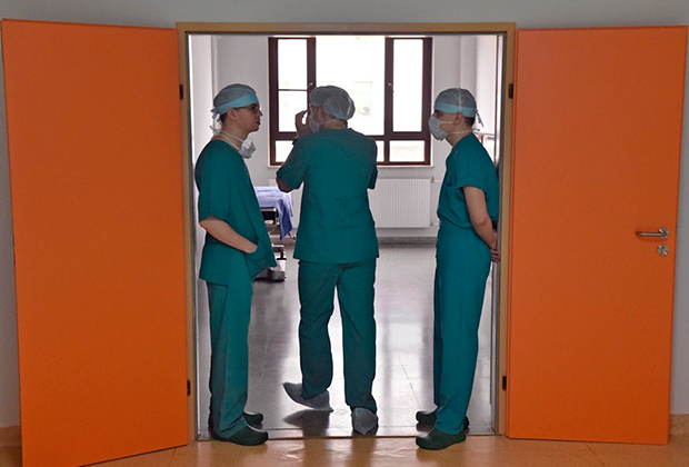 Основное недовольство медиков связано с низкими зарплатами