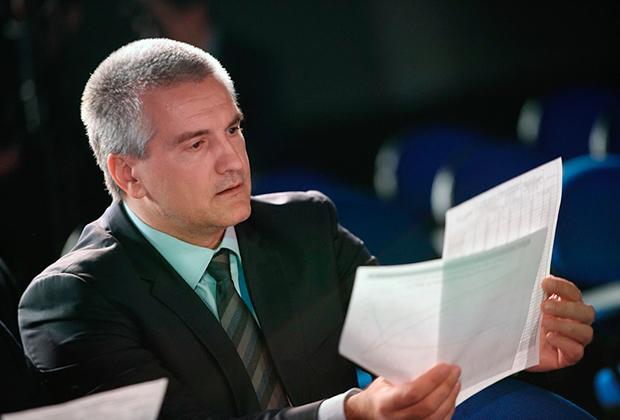 Врачи попросили главу Крыма Сергея Аксенова уволить главврача больницы имени Семашко
