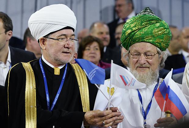 Равиль Гайнутдин (слева) и Талгат Таджуддин