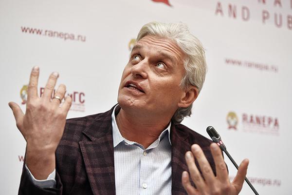 Олег Тиньков