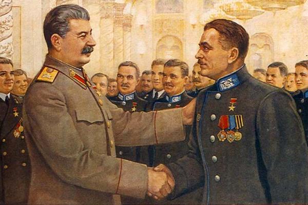 «Гитлер с трепетом слушал советское радио»