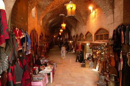 Исторический рынок Аль-Мадина возобновил работу всирийском Алеппо