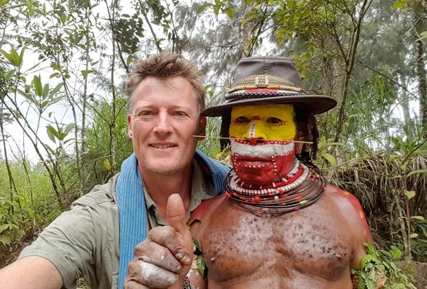 Аллен во время поездки в Новую Гвинею в 2016 году