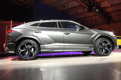 1-ый супер-SUV— Новый Lamborghini Urus