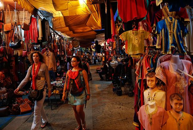 В Марокко — дымить