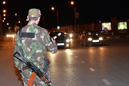 Подозреваемого в убийстве полицейского в Чечне застрелили
