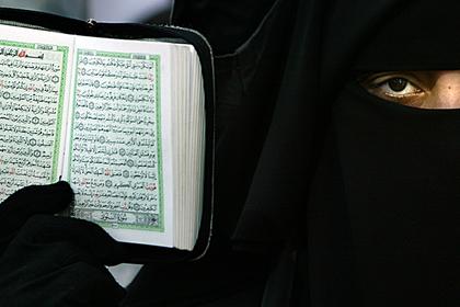 СМИ: Париж оказался равнодушен к будущему джихадисток из Франции