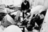 17 октября 1994 года журналист «МК» Дмитрий Холодов погиб в Москве на рабочем месте от взрыва самодельной мины-ловушки, находящейся в портфеле. Смерть Холодова наступила от травматического шока и потери крови.  <br> <br> Коллеги погибшего рассказали, что журналист надеялся найти в дипломате, переданном ему через камеру хранения на Казанском вокзале, документы о нелегальной торговле оружием с чеченскими сепаратистами. Известность Холодову принесли его публикации о коррупции в российской армии; журналист постоянно критиковал министра обороны Павла Грачева. Убийство Холодова до сих пор не раскрыто.