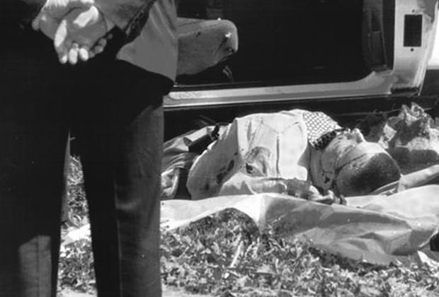 22 мая 2000 года в Тольятти был убит легендарный борец с оргпреступностью— майор Дмитрий Огородников. Киллеры на автомобиле нагнали милиционера, когда он на своей белой «десятке» выруливал на Южное шоссе. Убийцы обогнали машину Огородникова на старой «пятерке» и открыли шквальный огонь из пистолета и автомата.  <br> <br> В майора, пережившего несколько покушений, попало больше 30 пуль— он погиб на месте. Ликвидаторам удалось скрыться, однако позже они ответили за свое преступление. Водитель и один из убийц получили пожизненные сроки, второй киллер и заказчик преступления Евгений Совков по кличке Совок сгинули в бандитских разборках.