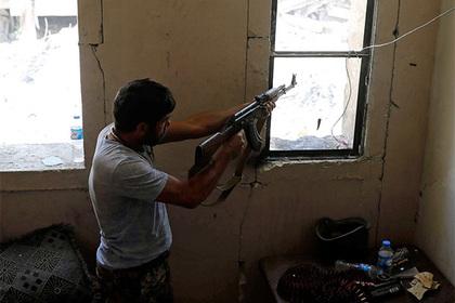 Сирийские войска освободили отбоевиков аэродром Абу-Духур вИдлибе