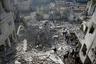 В ответ на авиаудары боевики обстреливают правительственные кварталы, в том числе жилые.