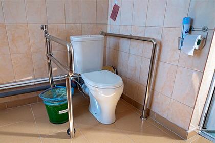 Украинцы пошли на ограбление туалета и потерпели неудачу
