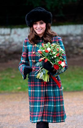 Герцогиня Кембриджская Кейт после рождественской службы в Сандрингеме