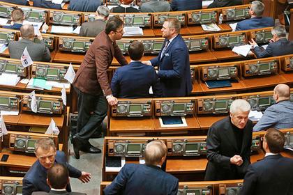 Украинские власти назвали собственную коррупцию орудием врагов государства
